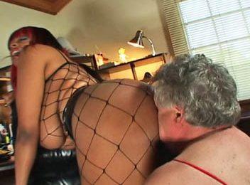 Fishnet Facesitting Mistress